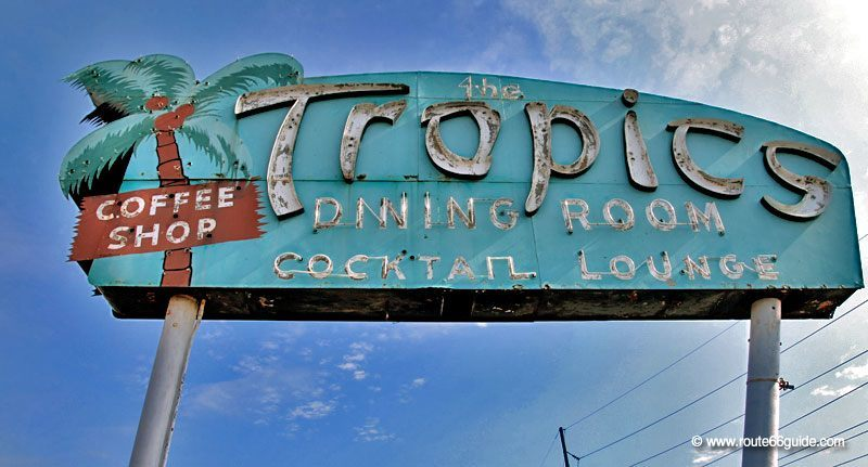 The Tropics, Lincoln IL